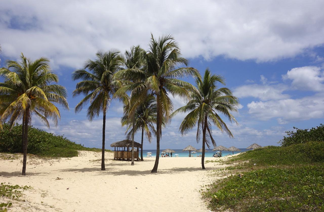 beach-755269_1280
